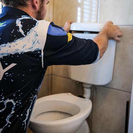 Toilet Plumbing Annerley